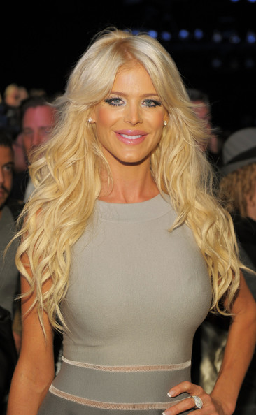 Victoria Silvstedt Pictures Tommy Hilfiger Front Row