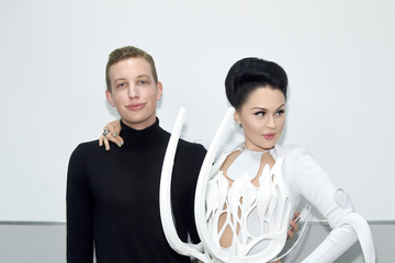 "Viktoria Modesta Flaunt Magazine ""Weather Patterns"" Video Exhibition And Performance At New World Center"