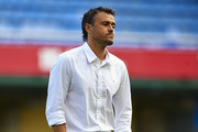 FC Barcelona manager Luis Enrique walks on the picth prior the La Liga match between Villarreal CF and FC Barcelona at El Madrigal stadium on August 31, 2014 in Villarreal, Spain.