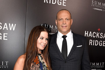 Vince Vaughn Kyla Weber Screening of Summit Entertainment's 'Hacksaw Ridge' - Red Carpet