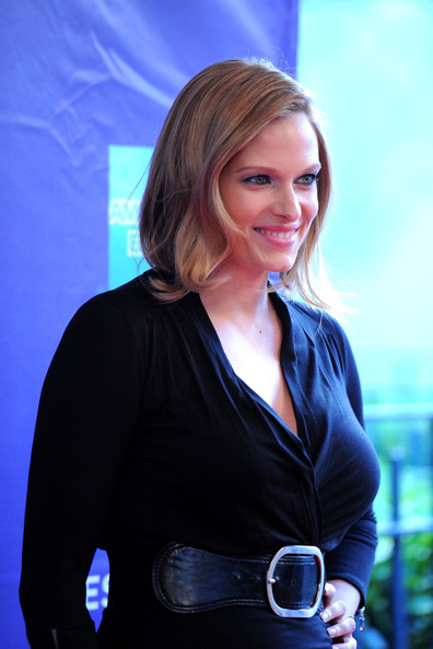 vinessa shaw hills have eyes