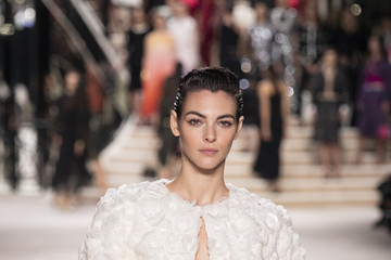 Vittoria Ceretti Chanel Metiers D'Art 2019-2020 : Runway At Le Grand Palais In Paris