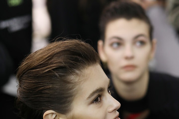Vittoria Ceretti Max Mara - Backstage: Milan Fashion Week Autumn/Winter 2019/20