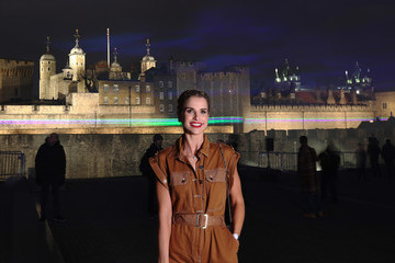Vogue Williams Huawei Create Aurora Borealis Inspired Installation Above Tower Of London To Launch New P30 Handset