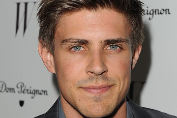 chris lowell private practice