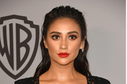 Actor Shay Mitchell attends the 19th Annual Post-Golden Globes Party hosted by Warner Bros. Pictures and InStyle at The Beverly Hilton Hotel on January 7, 2018 in Beverly Hills, California.
