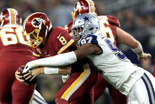 http://www2.pictures.zimbio.com/gi/Washington+Redskins+v+Dallas+Cowboys+7KRoFapceWGl.jpg