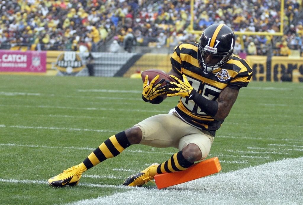 mike wallace in washington redskins v pittsburgh steelers