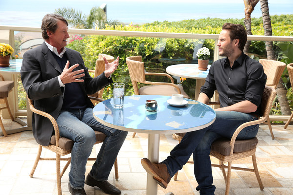 NHL Legend Wayne Gretzky And Taylor Kitsch Talk Hockey For A Special 2018 Stanley Cup Playoffs Program