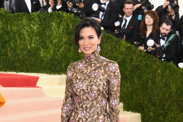 Wendi Deng Murdoch 'Manus x Machina: Fashion In An Age of Technology' Costume Institute Gala - Arrivals