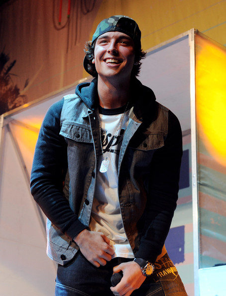 Is wesley stromberg single 2020