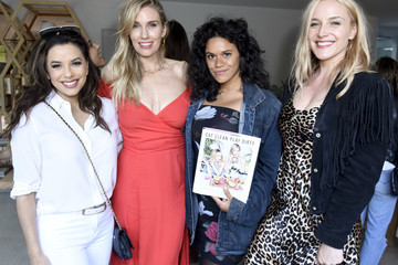 Whitney Tingle Sakara Life + Rothy's Celebrate 'Eat Clean Play Dirty' Cookbook Launch