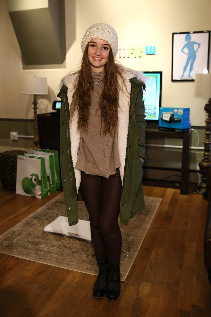 Kaitlyn Dever Photos Wii Fit U Brings Fun And Fitness To