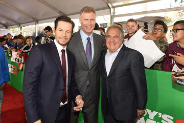 Will Ferrell Mark Wahlberg Premiere of Paramount Pictures' 'Daddy's Home 2' - Red Carpet