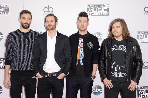 Arrivals at the American Music Awards — Part 3