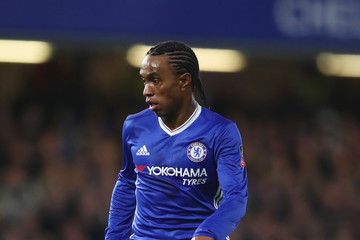 Willian Chelsea v Manchester United - The Emirates FA Cup Quarter-Final
