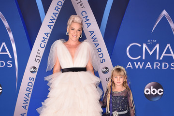 Willow Sage Hart The 51st Annual CMA Awards - Arrivals