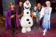 "(L-R) Anna, Evan Ross, Olaf, Bronx Wentz, Ashlee Simpson, Jagger Snow Ross, and Anna attend the world premiere of Disney's ""Frozen 2"" at Hollywood's Dolby Theatre on Thursday, November 7, 2019 in Hollywood, California."