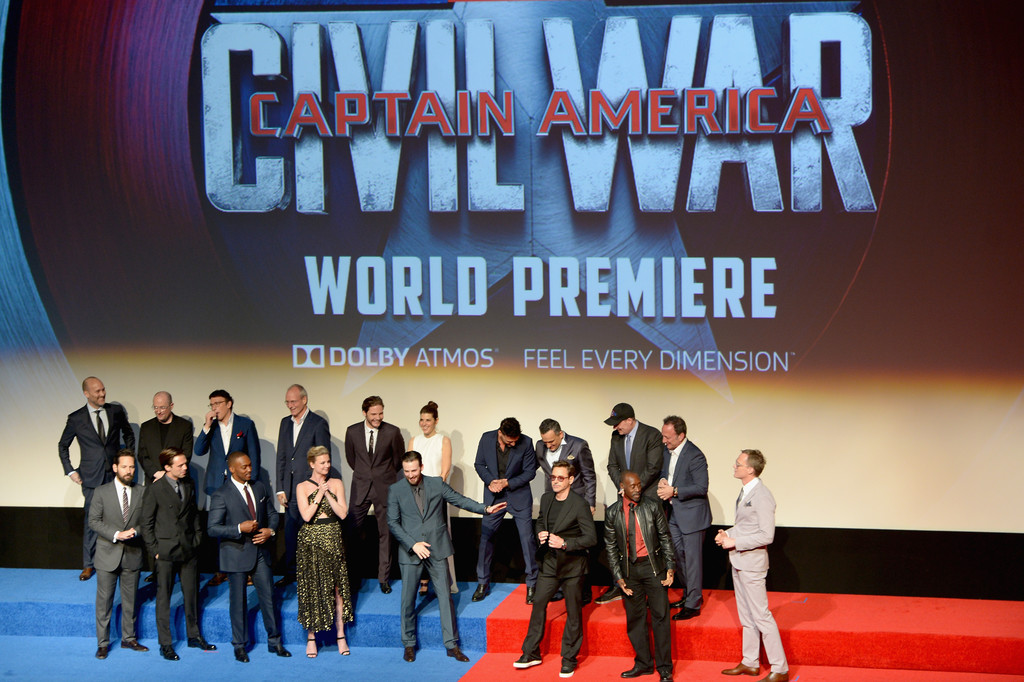 http://www2.pictures.zimbio.com/gi/World+Premiere+Marvel+Captain+America+Civil+1tw6wLYebj_x.jpg