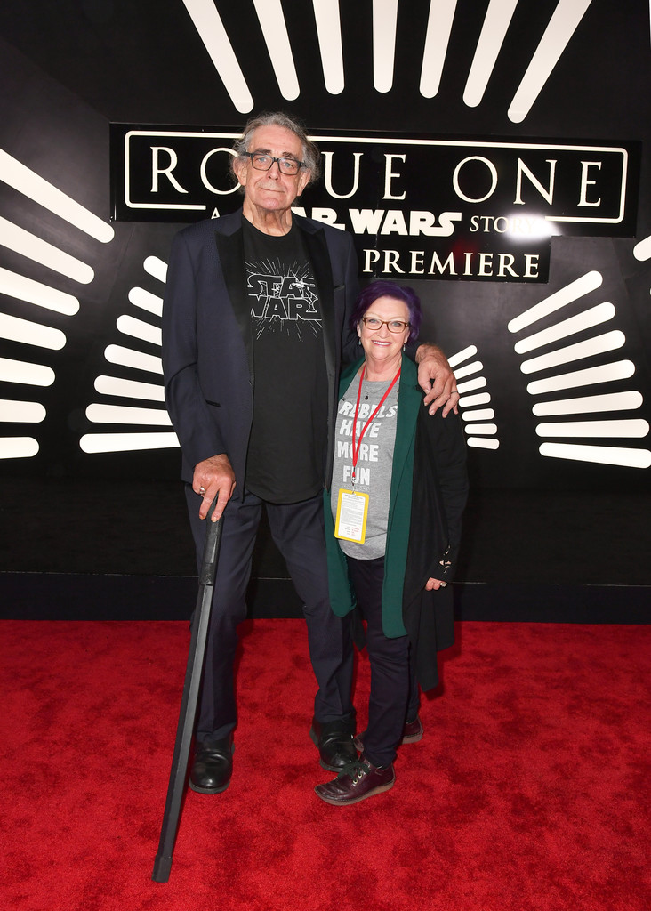 Peter Mayhew and Angie Mayhew Photos Photos - Zimbio
