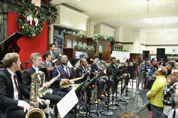 Wynton Marsalis Brooks Brothers Celebrates the Holidays With St. Jude Children's Research Hospital