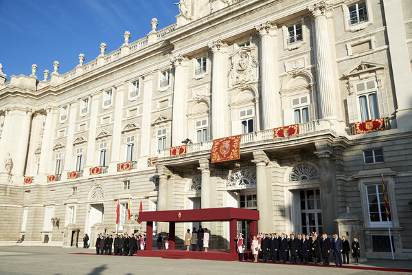 Spanish Royals Receive Chinese President Xi Jinping And His Wife