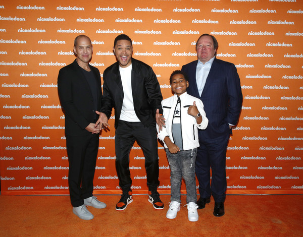 Nickelodeon Exclusive Presentation [social group,event,formal wear,suit,brian robbins,bob bakish,trevor noah,young dylan,nickelodeon exclusive presentation,l-r,new york city,the shed,trevor noah,image,photograph,brian robbins,livingly media,robert m. bakish,nickelodeon,tuxedo m.,presentation]