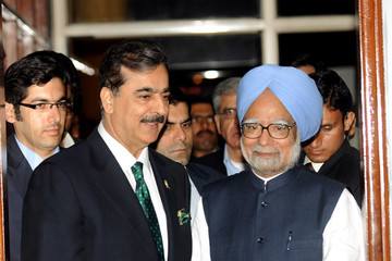 Yousuf Raza Gilani Pakistan v India - 2011 ICC World Cup Semi-Final
