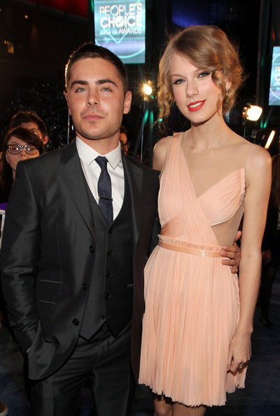 Taylor Swift and Zac Efron - 2011 People's Choice Awards - Backstage And