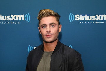 Zac Efron SiriusXM's 'Town Hall' With The Cast Of 'Neighbors 2'
