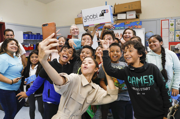 Zendaya Teams Up With Yoobi To Donate School Supplies To 450 Students