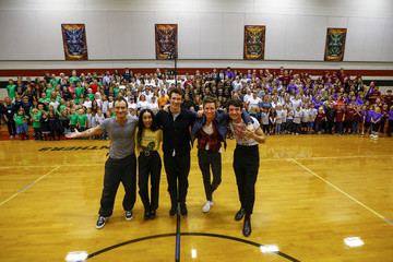Zoe Kravitz 'Fantastic Beasts: The Crimes Of Grindelwald' Celebrate Wizarding World Day At Parkside Middle School In Baileyton, AL