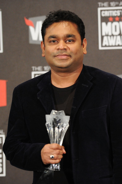 http://www2.pictures.zimbio.com/gi/r+Rahman+16th+Annual+Critics+Choice+Movie+igv4QQh0yqhl.jpg