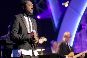 will.i.am 2014 MusiCares Person Of The Year Honoring Carole King - Roaming Show