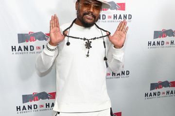will.i.am Hand in Hand: A Benefit for Hurricane Relief - Los Angeles - Press Room