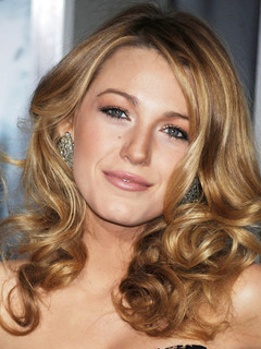 blake lively dating history zimbio Every important moment in ryan reynolds and blake lively's  and ryan reynolds relationship timeline  in hollywood history after a year of dating, .