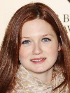 Bonnie Wright is dating Jamie Campbell Bower