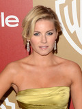 Elisha Cuthbert Dion Phaneuf married