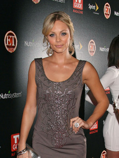 vandervoort personals Laura vandervoort began dating her co-worker corey sevier in august 2005 they met each other in the set of instant star's '18' and also worked together in the film the jazzman laura vandervoort engaged with corey.