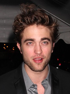 Robert Pattinson Zimbio on Robert Pattinson   Kristen Stewart Dating And Relationships   Zimbio