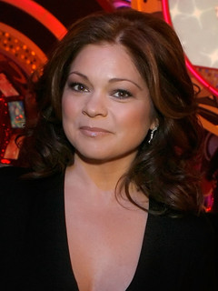 Eddie van halen wife valerie pictures to pin on pinterest for Who is valerie bertinelli married to