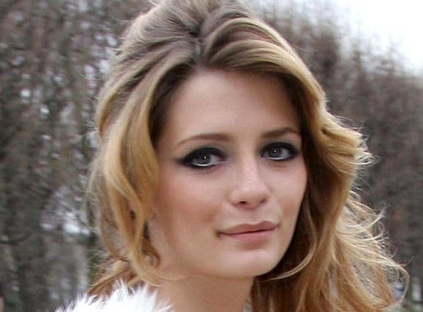 Unlike fellow beehive-wearer Amy Winehouse, Mischa Barton's hair is quite
