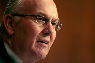 Larry Craig's Wide Stance Gets Him in Trouble