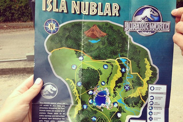 Someone Leaked a Spoiler-Filled Brochure for 'Jurassic World'!