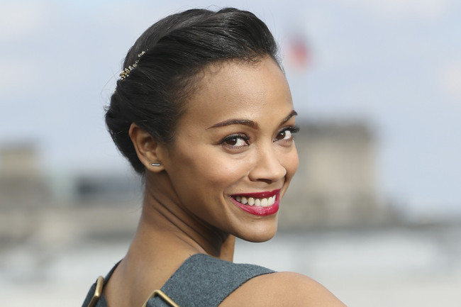 Zoe Saldana's 10 Most Stunning Beauty Looks
