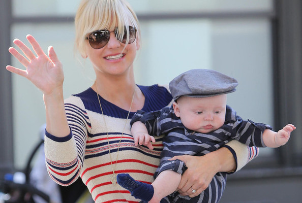 Guess Where Anna Faris Buys All Those Cute Baby Clothes?