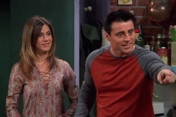This Eagle-Eyed 'Friends' Fan Has WAY Too Much Time on His Hands