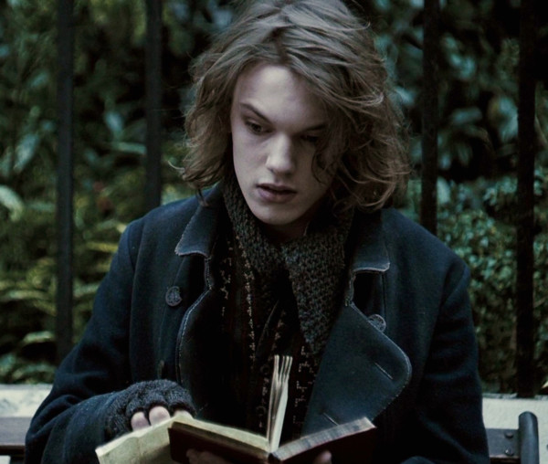 Gellert grindelwald underrated harry potter characters for Harry potter grindelwald wand