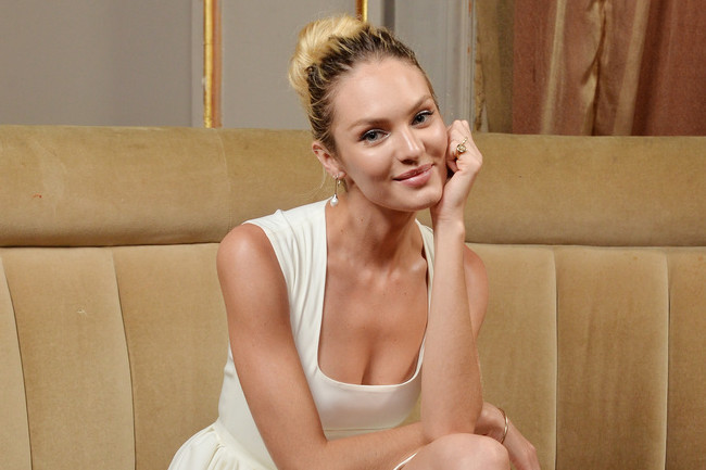 Candice Swanepoel's Perfect Retro Dress