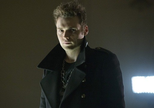 'Arrow' New Photos - Seth Gabel Is a Drug-Dealing Count